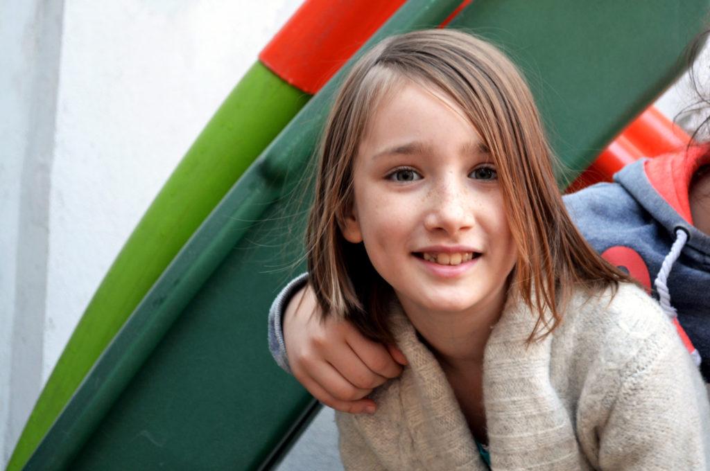 Zambetul unui inger - Casa Agar - Fundatia Vodafone Romania